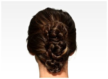 Pantene_Hairstyles_gallerythumbs_0042_BraidedBunUpdo